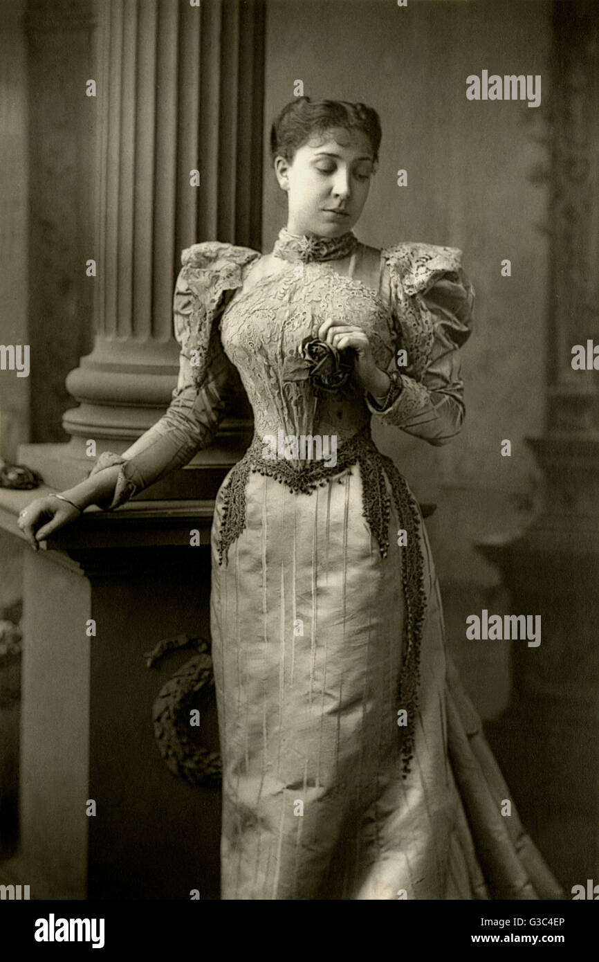 Olga Nethersole (1870-1951), English actress, theatre producer, wartime nurse and health educator. She received - Stock Image