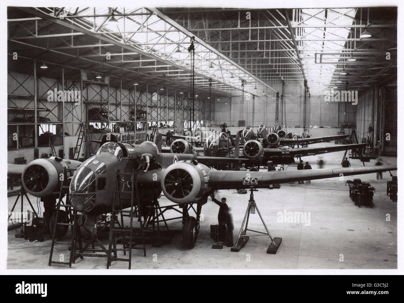 Handley Page Hampden Mk I construction by English Electric at Smalesbury, Lancashire.      Date: circa 1940 - Stock Image