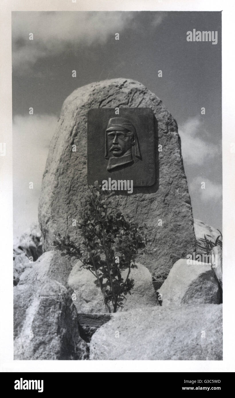 Plaque to Adolf Luderitz (1834-1886), German colonialist and founder of German South West Africa, on Shark Island, - Stock Image