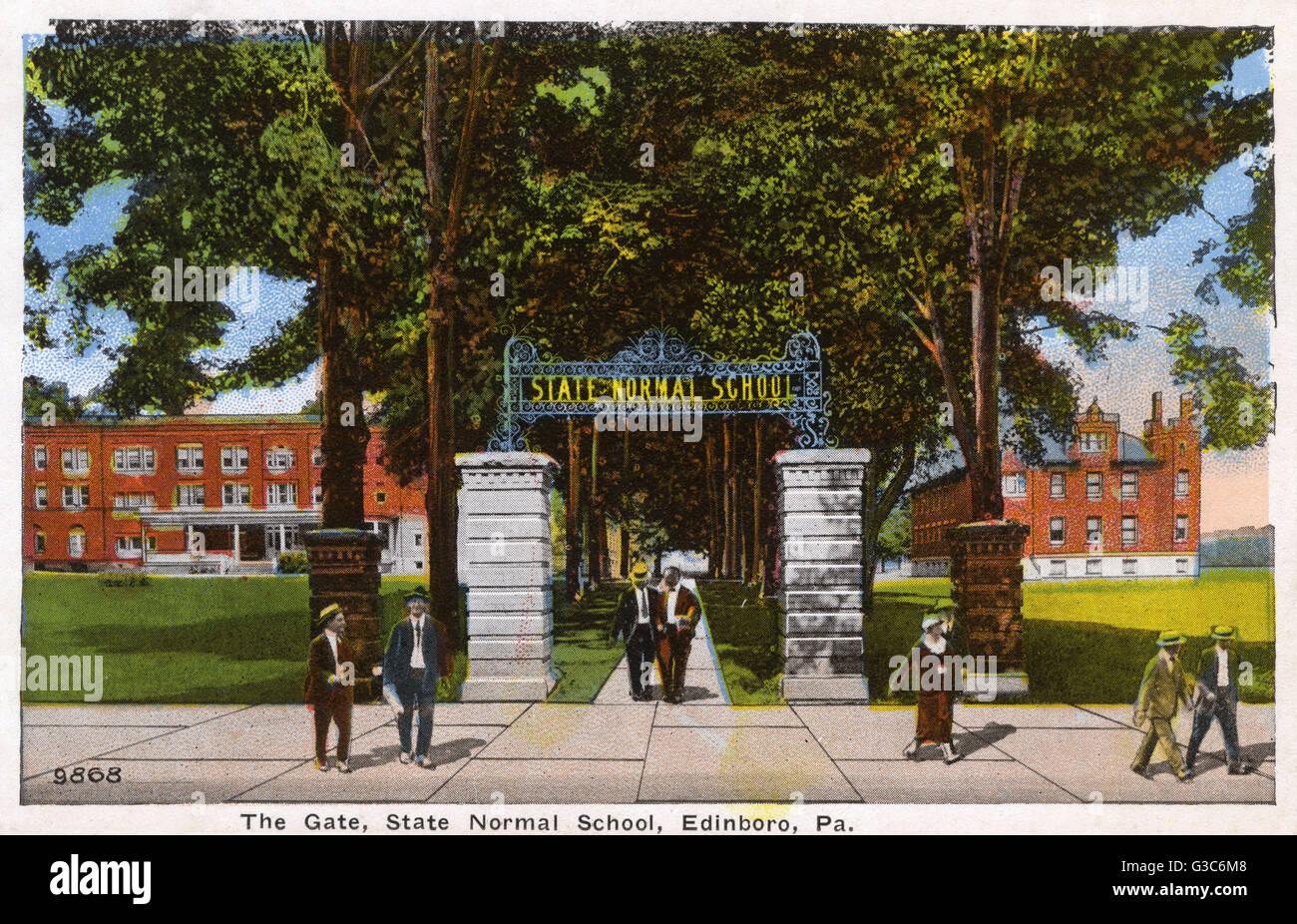 Entrance gate of the State Normal School, Edinboro, Pennsylvania, USA.      Date: circa 1910s - Stock Image
