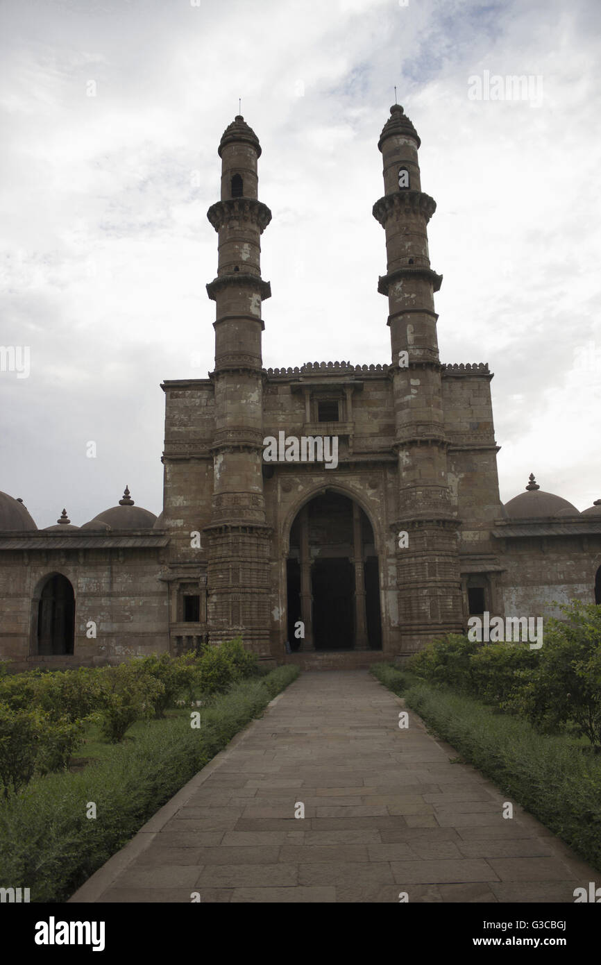Entrance and courtyard. Jami Masjid Champaner Pavagadh Archaeological Park. UNESCO World Heritage Site. Panchmahal, Stock Photo