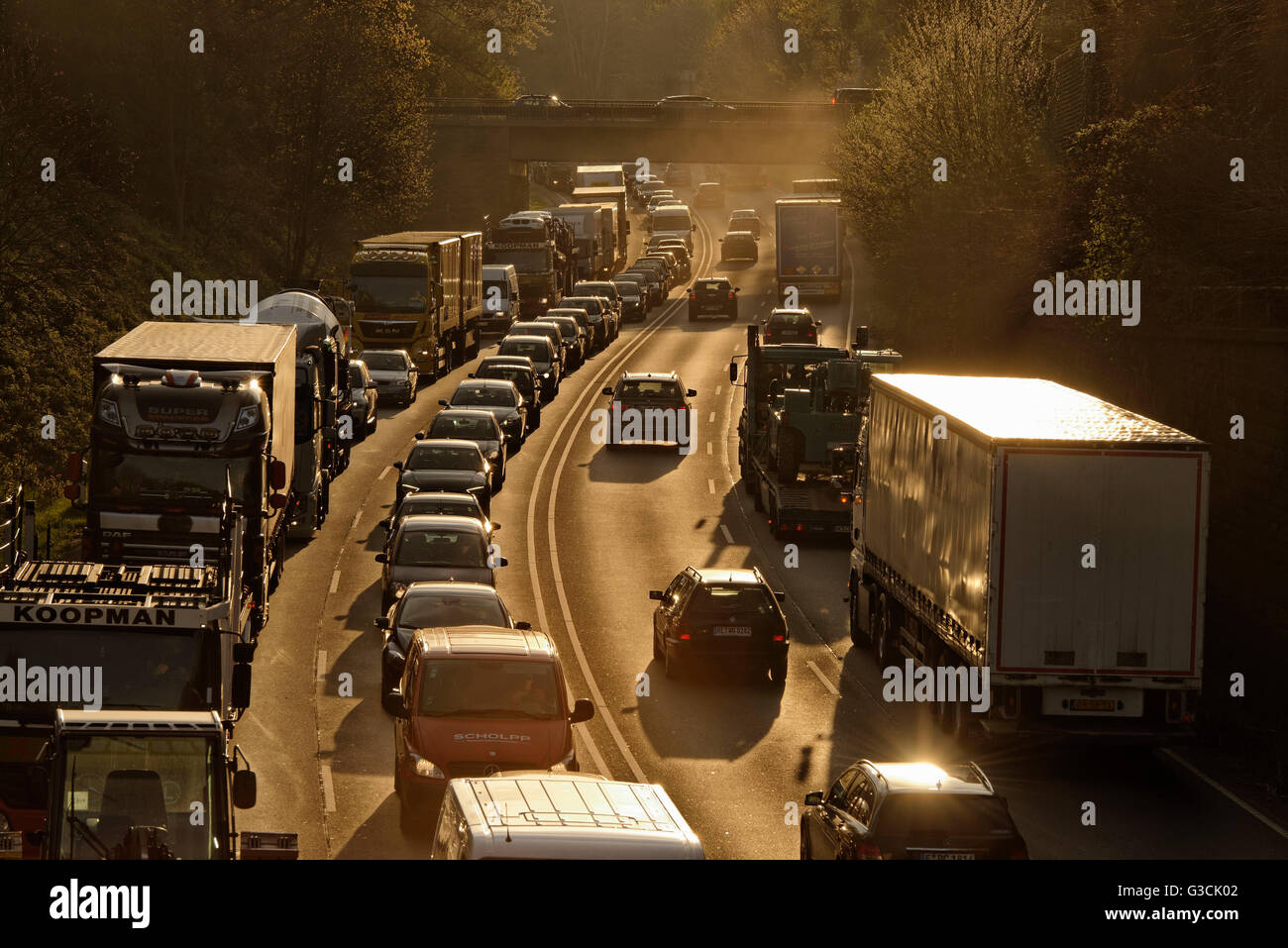 Traffic jam on the A 52 / B224, bottleneck to the highway A 2 in Gladbeck, Gladbeck, Ruhr area, North Rhine-Westphalia, - Stock Image