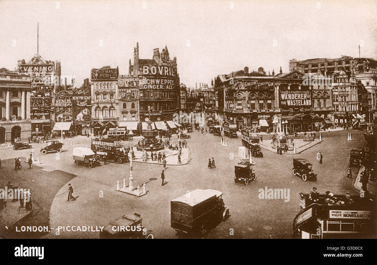 London - Piccadilly Circus photographed in 1924. The Trocadero is showing 'Wanderer in the Wasteland' - - Stock Image