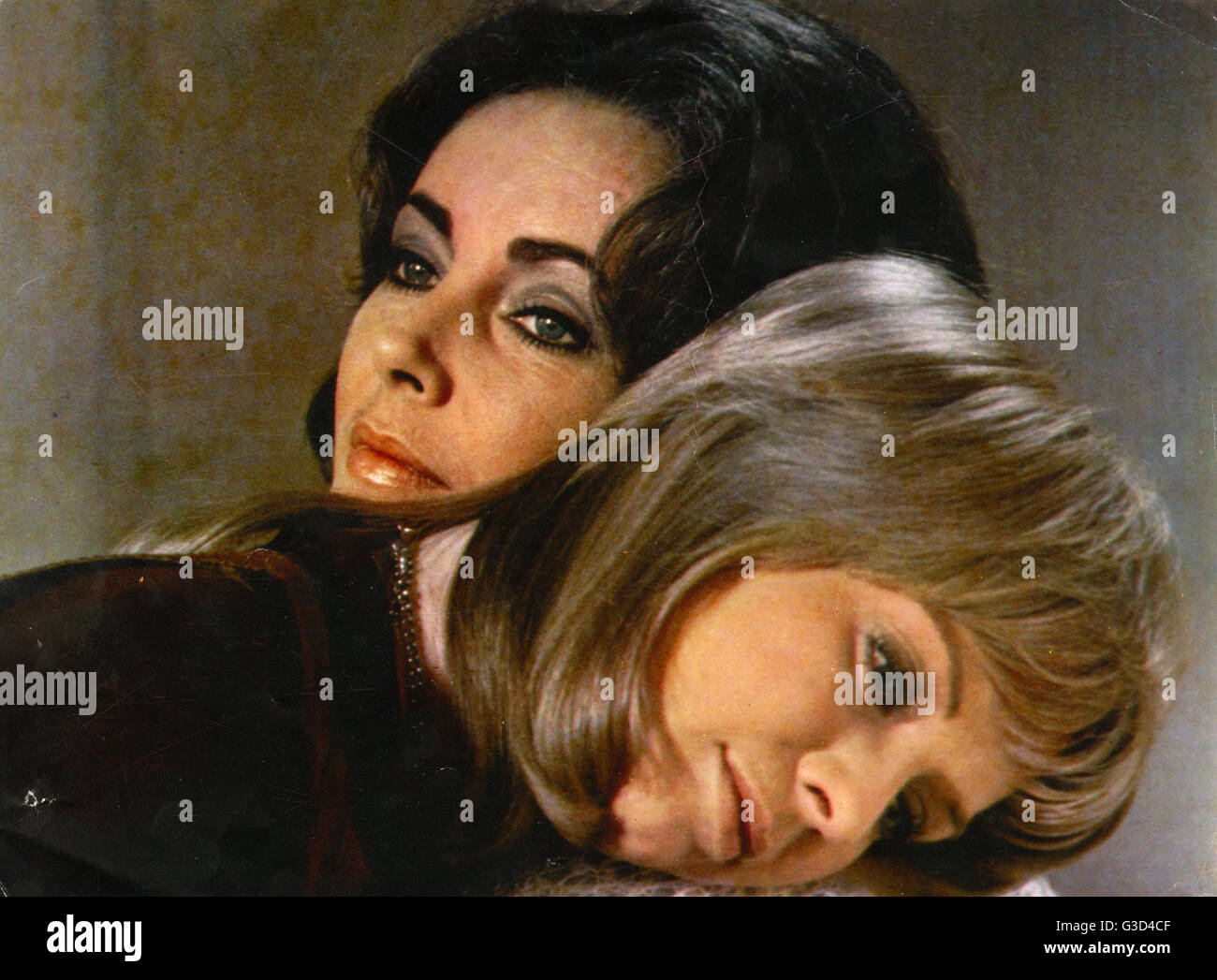Zee & Co (directed by Brian G. Hutton) starring Elizabeth Taylor and Susannah York (pictured).     Date: - Stock Image