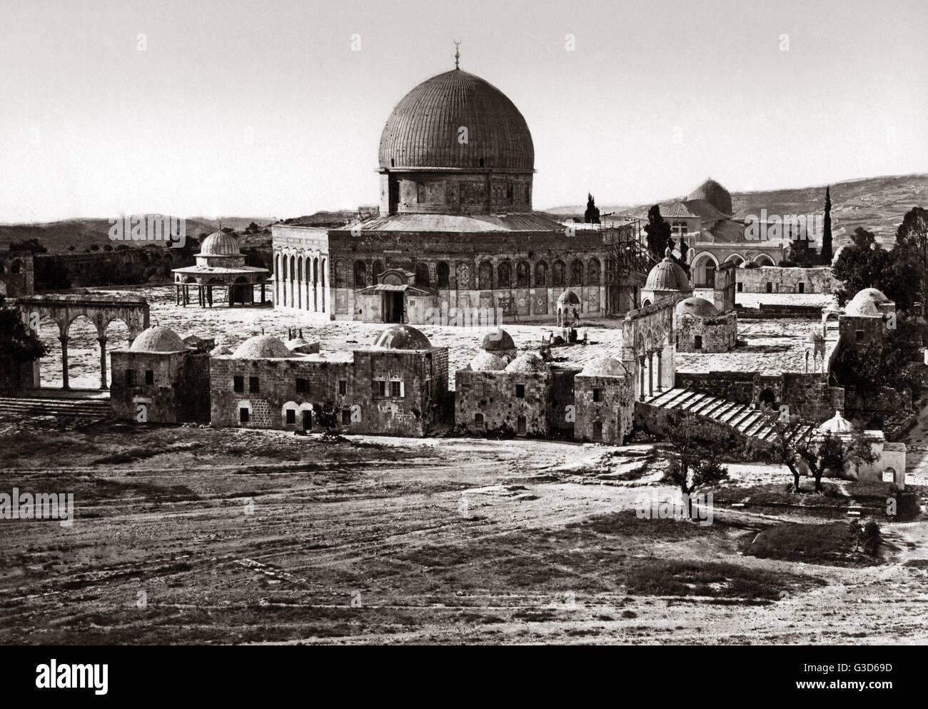 Mosque circa 1800s.     Date: circa 1800s - Stock Image