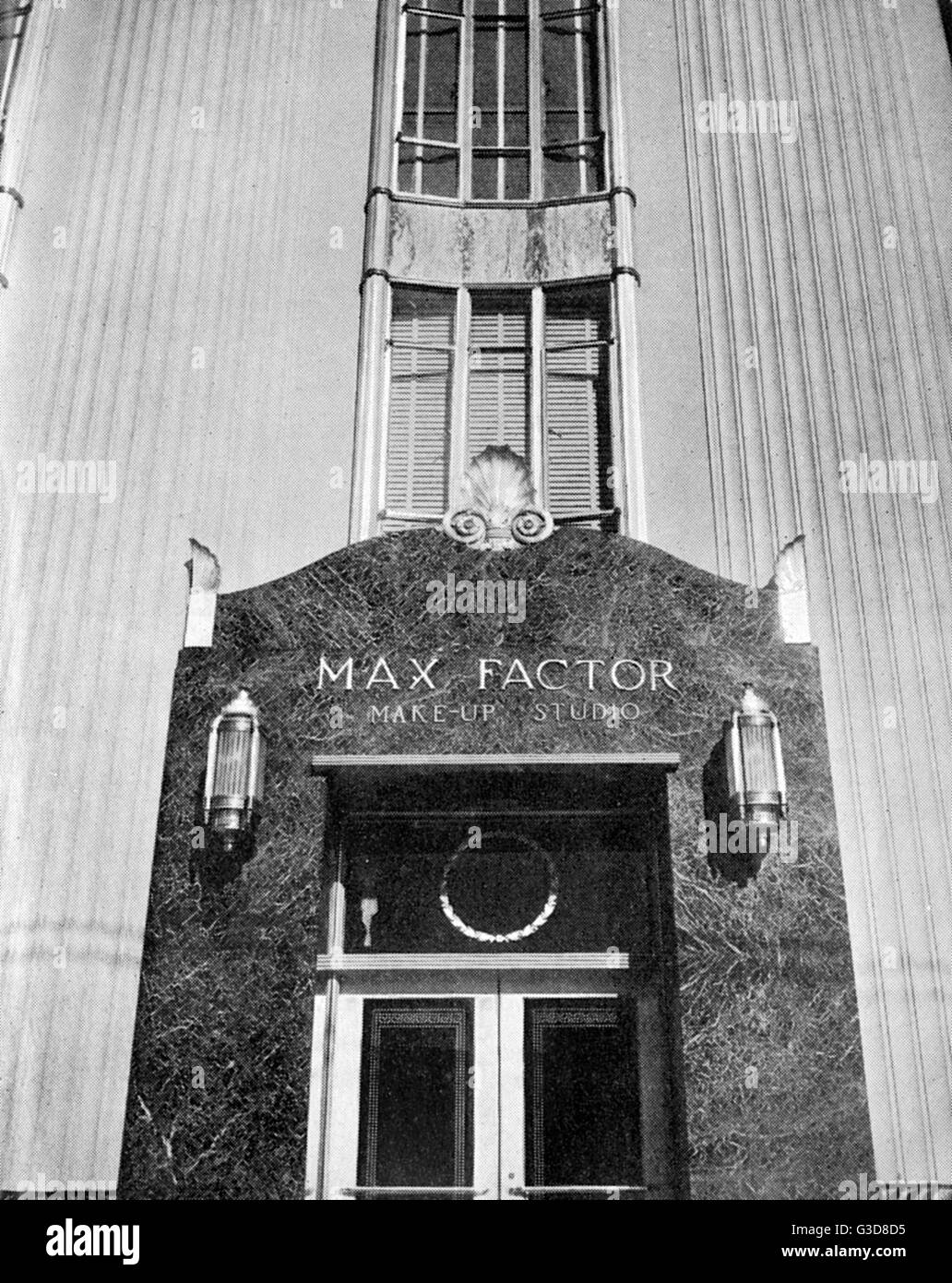 Exterior of the Max Factor Make-Up Studio, situated off Hollywood Boulevard in the 1930s.  Max Factor (15 September - Stock Image