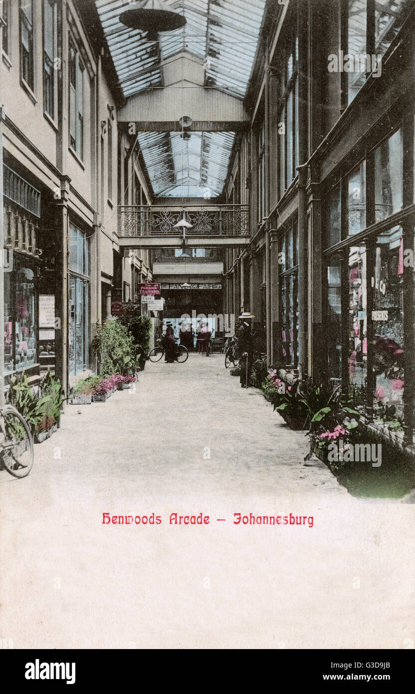 Henwoods Arcade, Market Square, Johannesburg, Transvaal, South Africa.      Date: circa 1905 - Stock Image