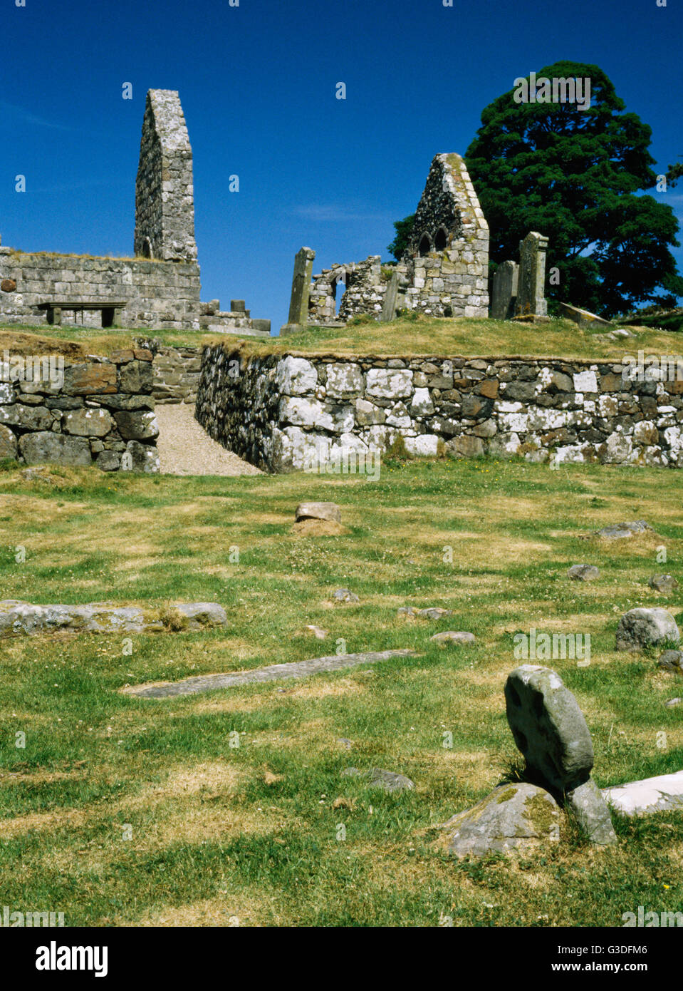 The ruins of St Blane's Church, Isle of Bute, Scotland, UK. C12th Romanesque church dedicated to the C6th saint - Stock Image