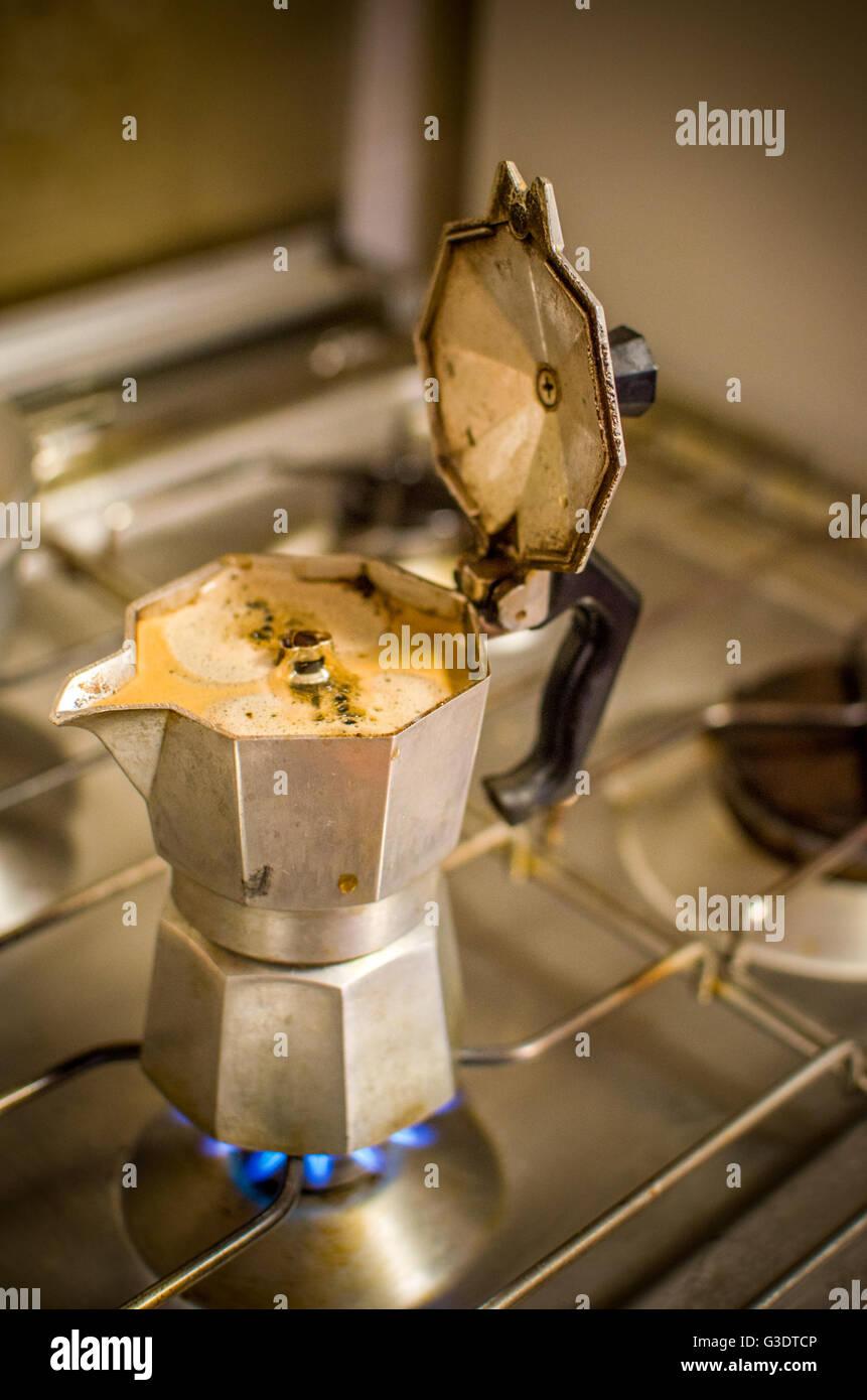 caffettiera moka caffè classico italiano - Stock Image