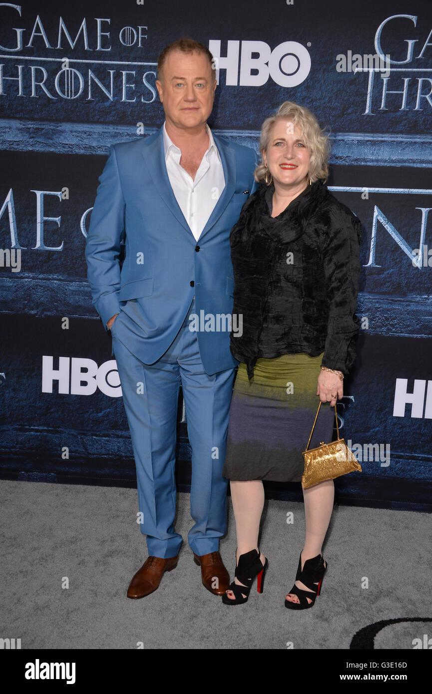 LOS ANGELES, CA. April 10, 2016: Actor Owen Teale & actress wife Sylvestra Le Touzel at the season 6 premiere - Stock Image