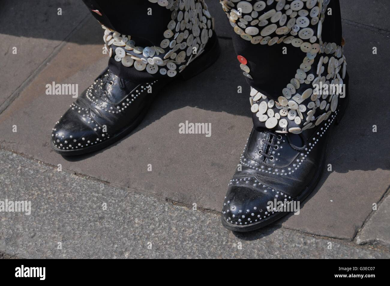 Pearly kings and queens in east London - Stock Image