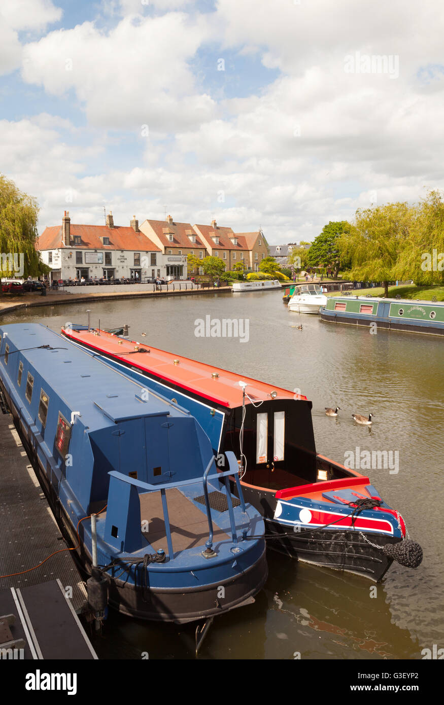 Narrow boats on the Great Ouse river at Ely, Cambridgeshire, East Anglia UK - Stock Image