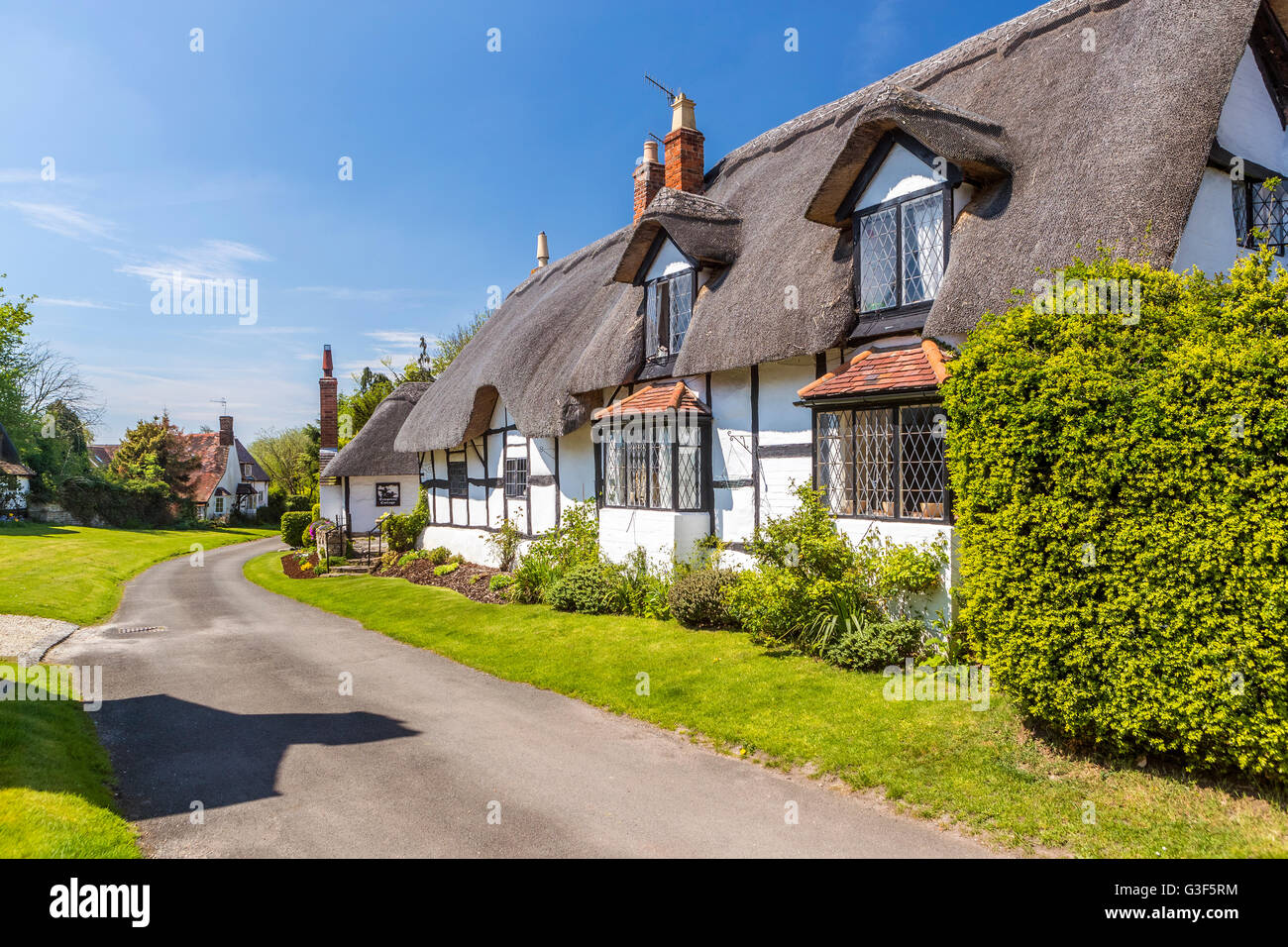 Thatched Cottages at Welford-on-Avon, Warwickshire, England, United Kingdom, Europe. - Stock Image