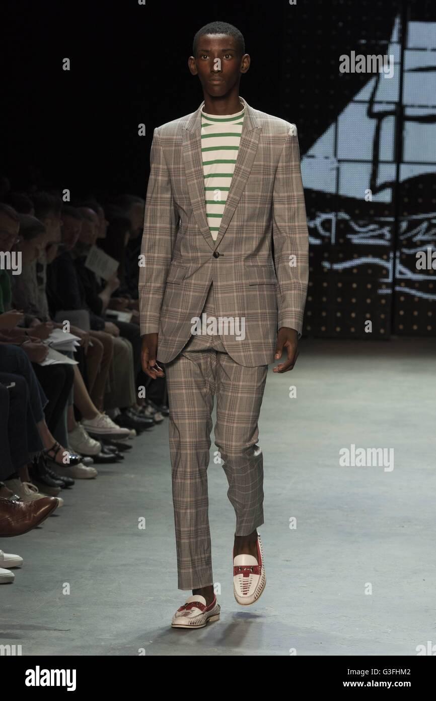 LCM Day 1: Topman Opens Fashion Week With A Bang foto