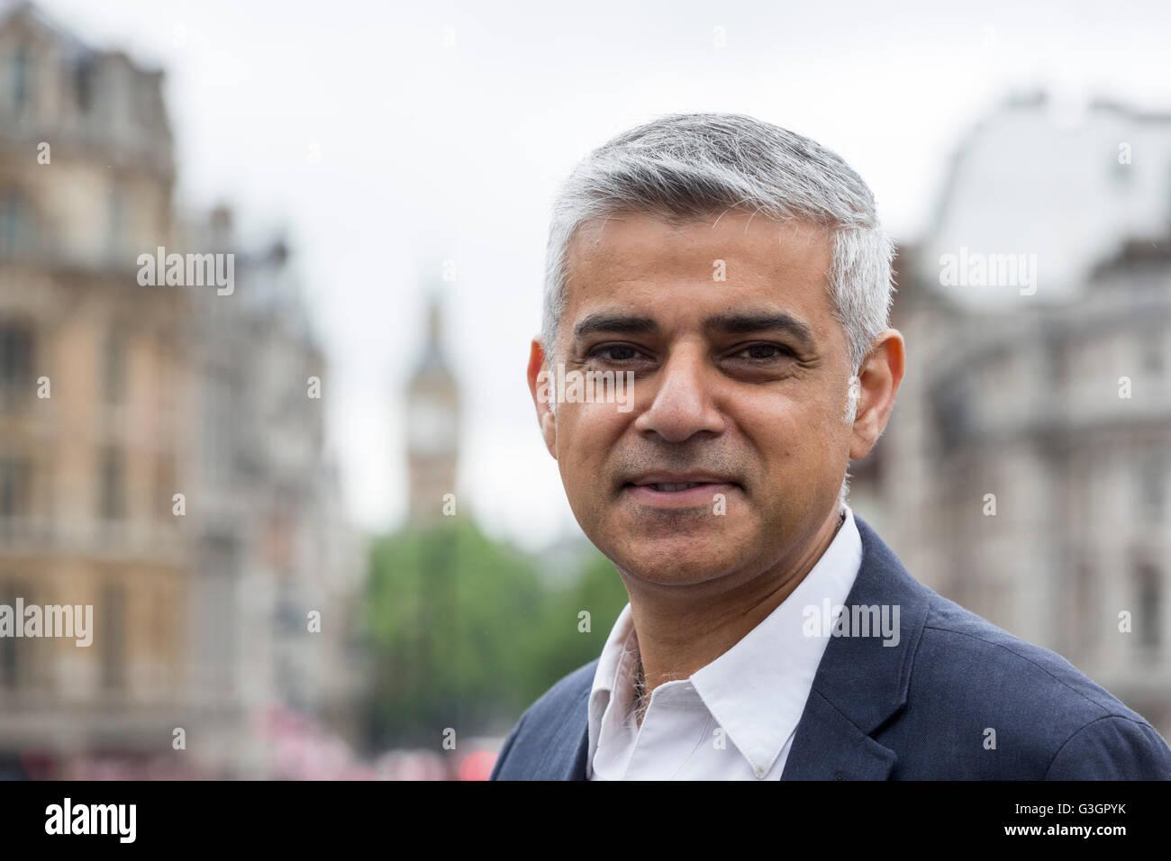 London, UK. 12 June 2016. Sadiq Khan, Mayor of London, British Politician and Member of the Labour Party. Im Hintergrund - Stock Image