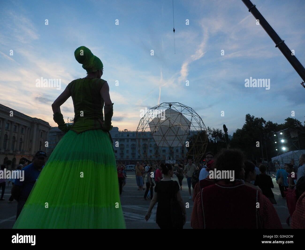 Bucharest, Romania. 12th June 2016. An artist performs in the streets of Bucharest during B-Fit Feestival. B-Fit - Stock Image