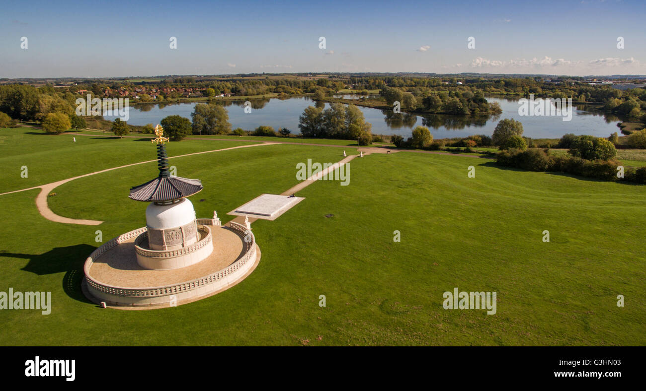 The Peace Pagoda at Willen Lake in Milton Keynes. - Stock Image