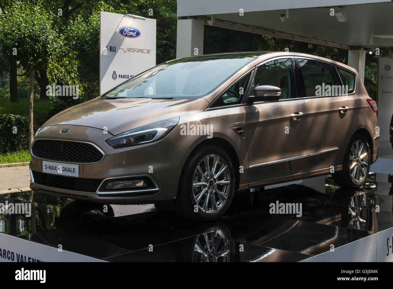 Turin, Italy. 08th June, 2016. A Ford S-MAX Vignale during the Parco Valentino car show, They host cars from worldwide - Stock Image