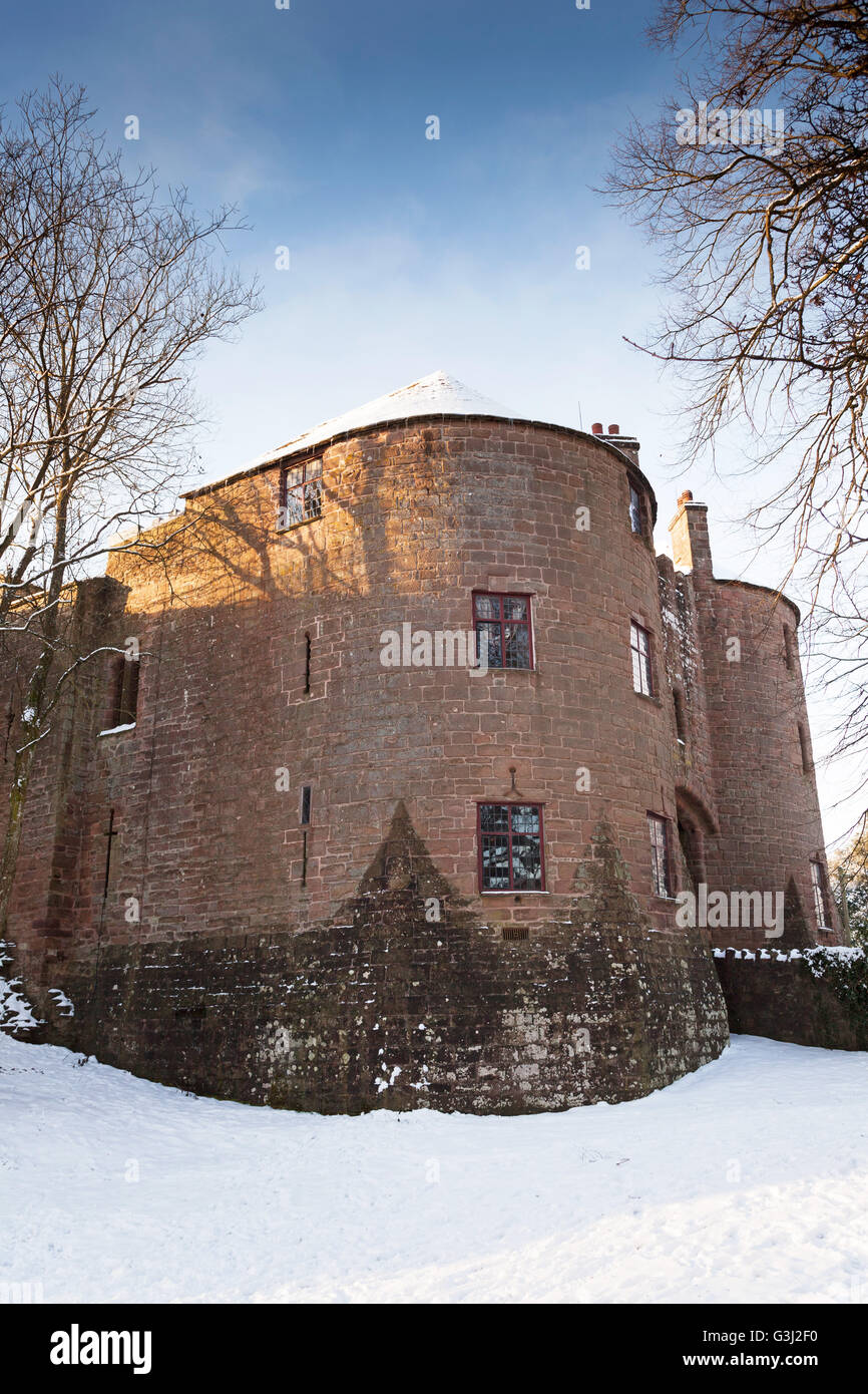 """""""St Briavels"""" Castle in winter snow, """"Forest of Dean"""", Gloucestershire, England, UK Stock Photo"""