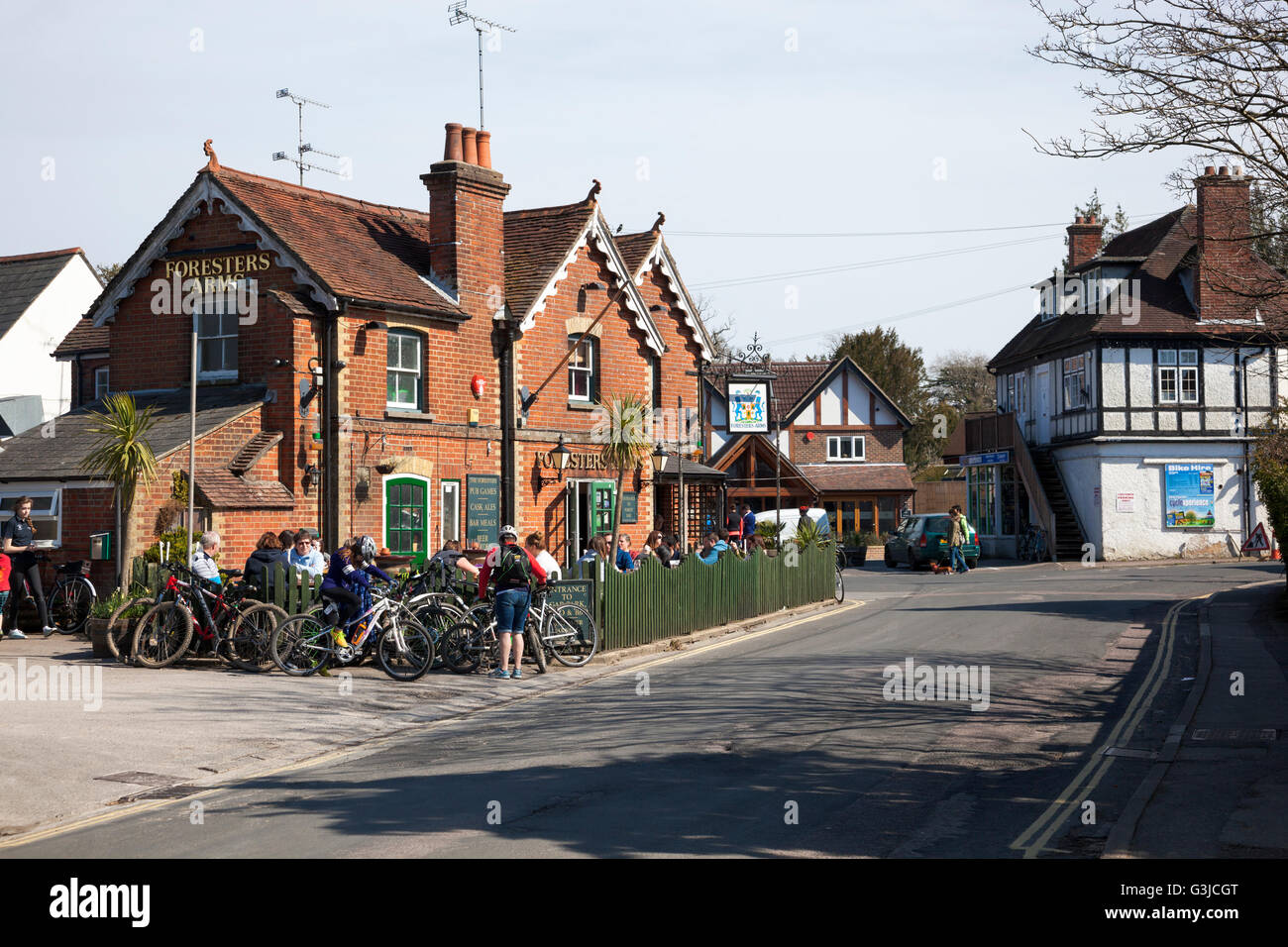 Victorian pub Foresters Arms in the centre of Brockenhurst, New Forest, UK - Stock Image