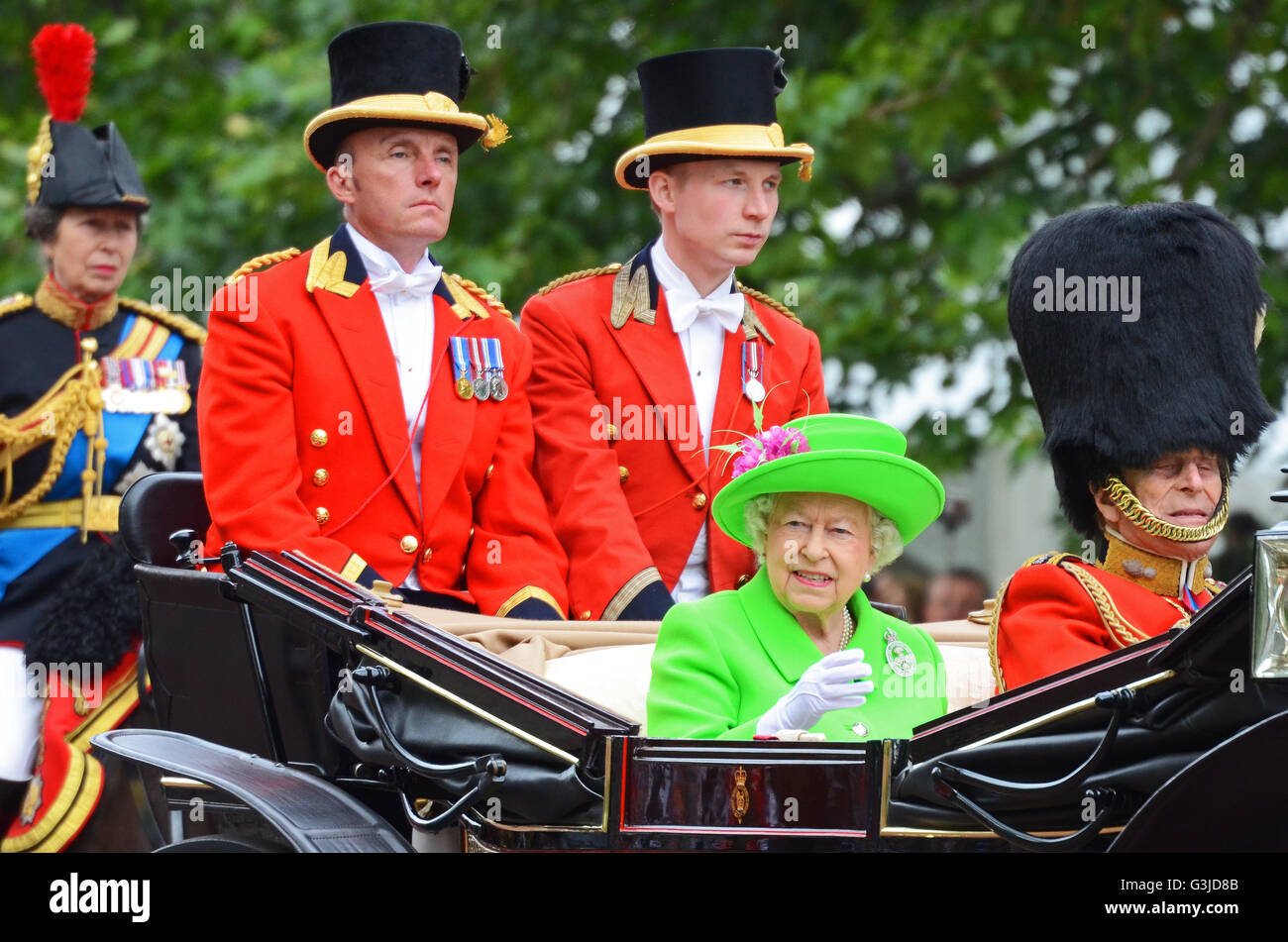 Queen. Trooping the Colour 2016 saw the Colour trooped by No.7 Company Coldstream Guards , with the Royal Family - Stock Image