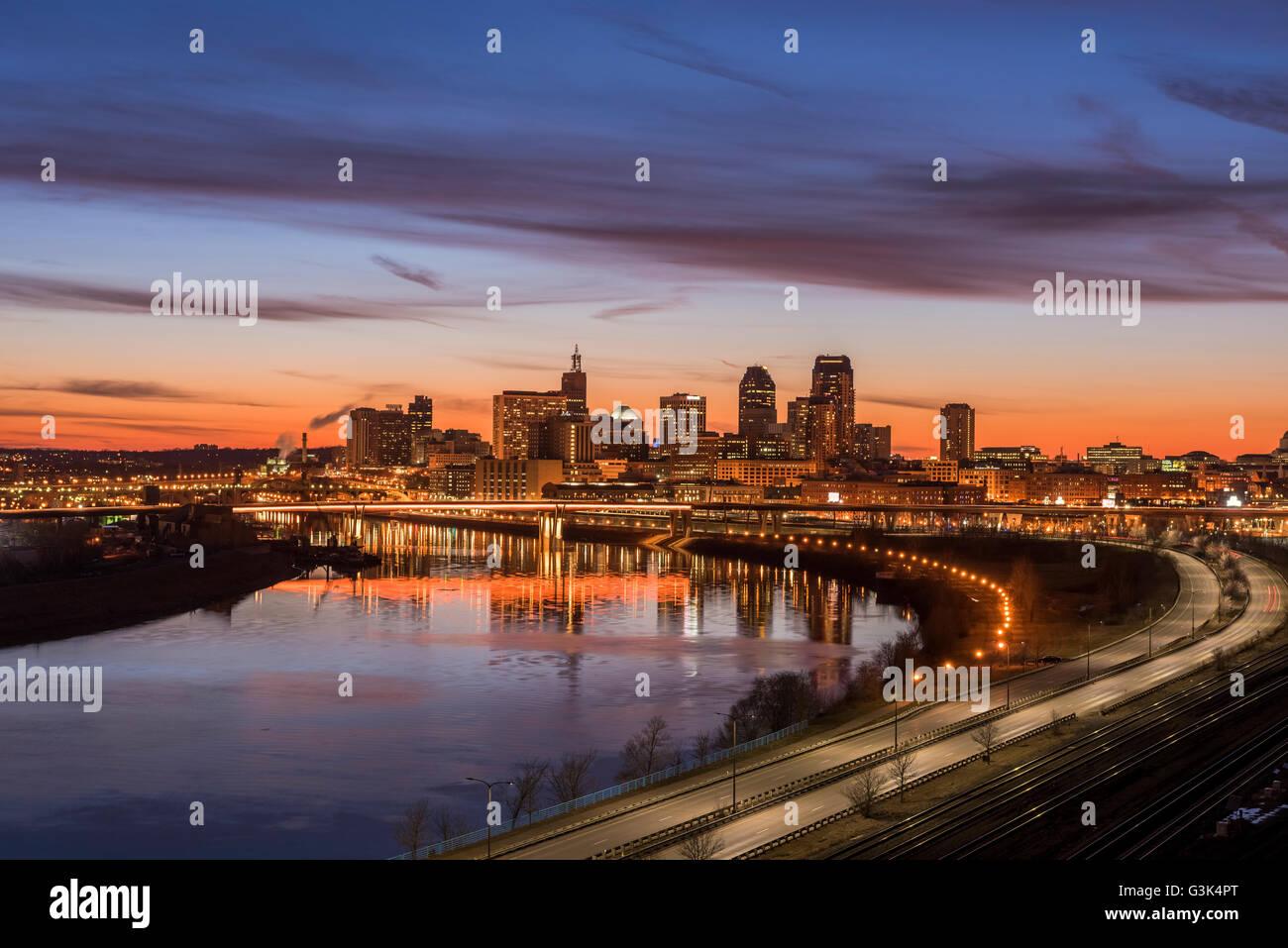 Saint Paul Minnesota skyline from Dayton's Bluff along the Mississippi River. - Stock Image