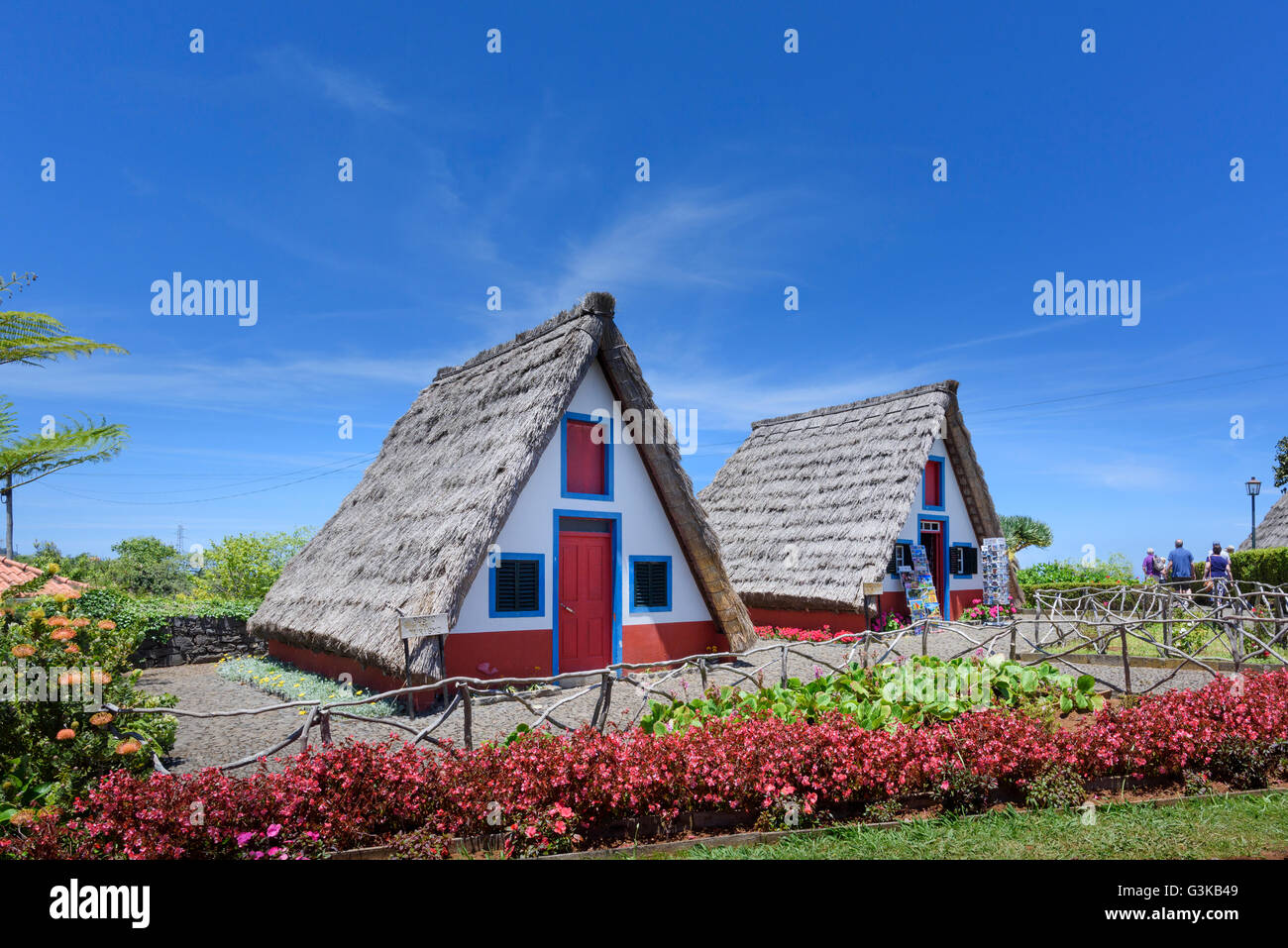Traditional palheiros - thatched triangular houses in Santana Madeira - Stock Image