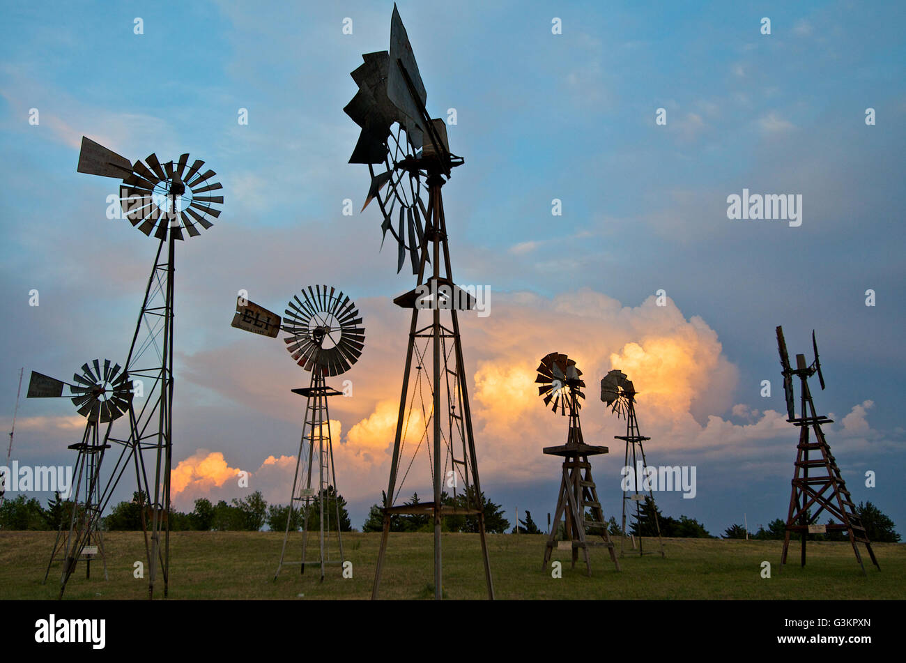 Storms behind a windmill park in Shattuck, Oklahoma, USA - Stock Image
