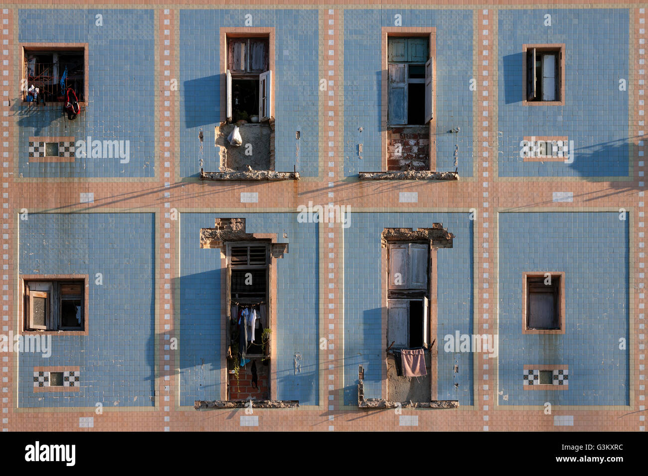 Run-down house facade, historic centre, Havana, Cuba - Stock Image