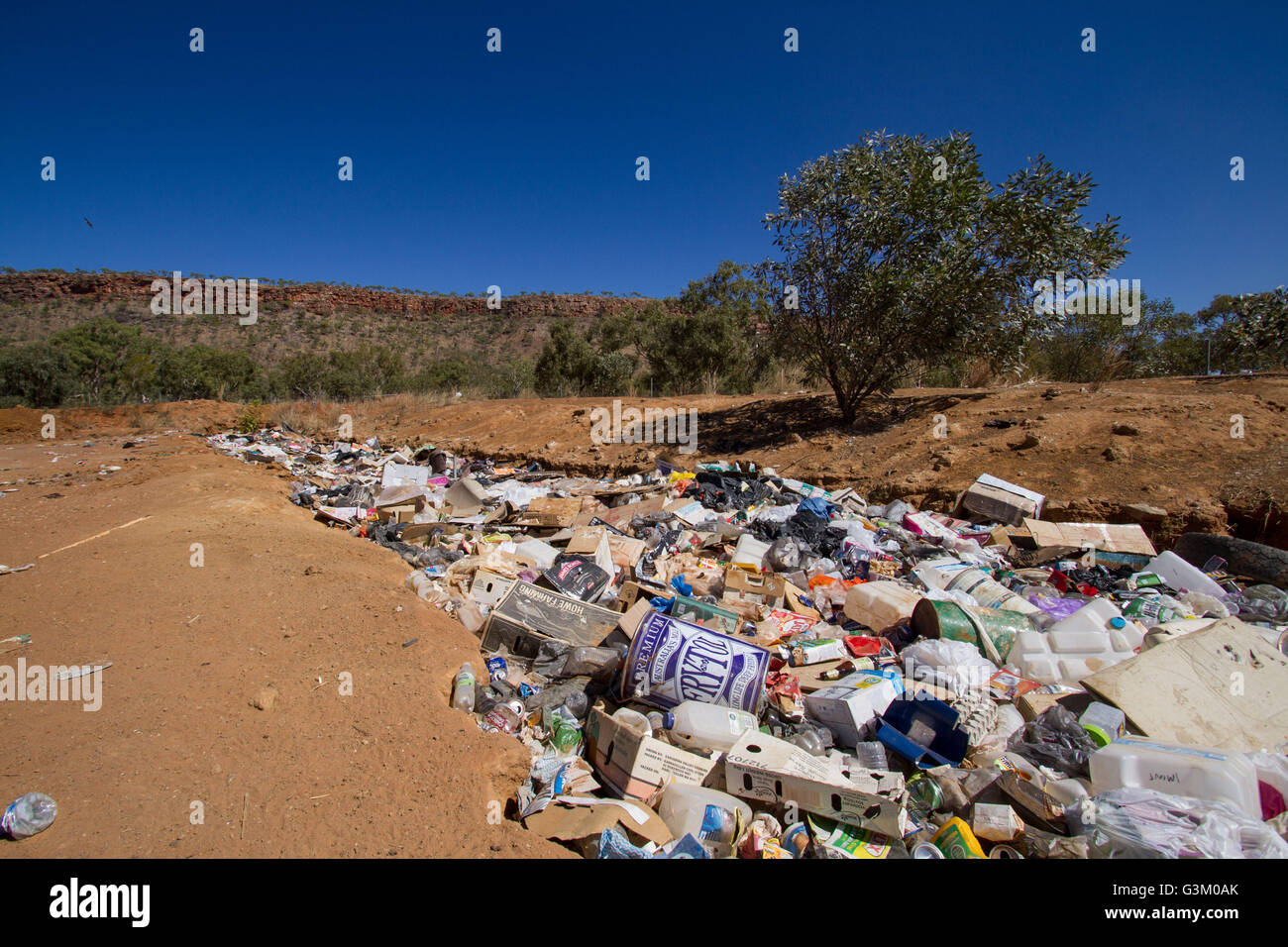 Landfill in the Australian outback - Stock Image