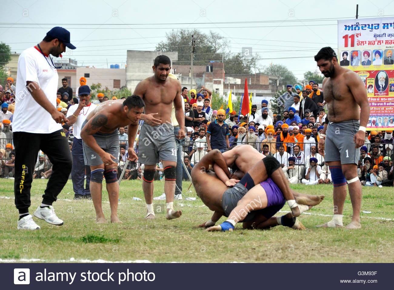 India,Punjab,Anadphur,mocking fighting - Stock Image