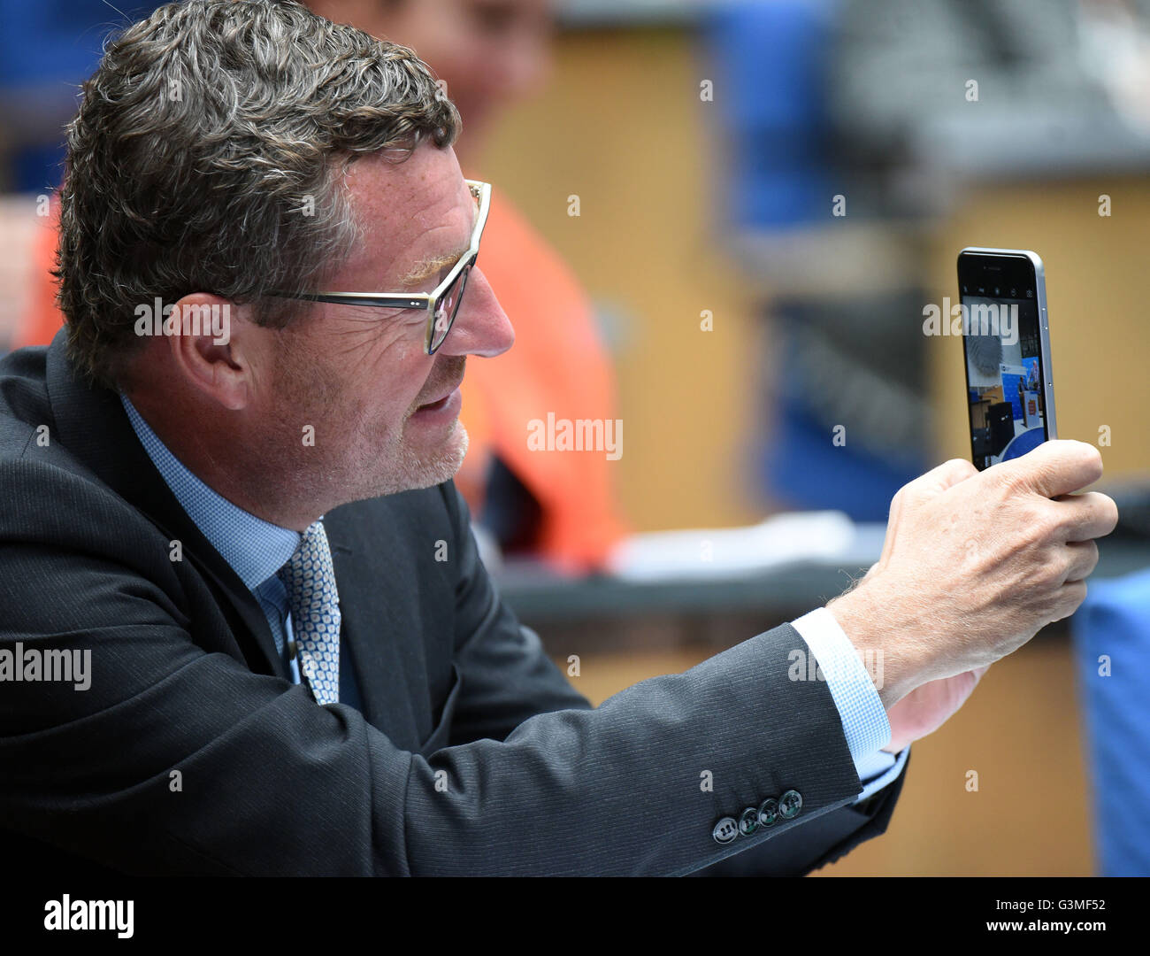 Bonn, Germany. 13th June, 2016. Publisher of the German tabloid 'Bild', Kai Diekmann, attends the awarding of the Stock Photo