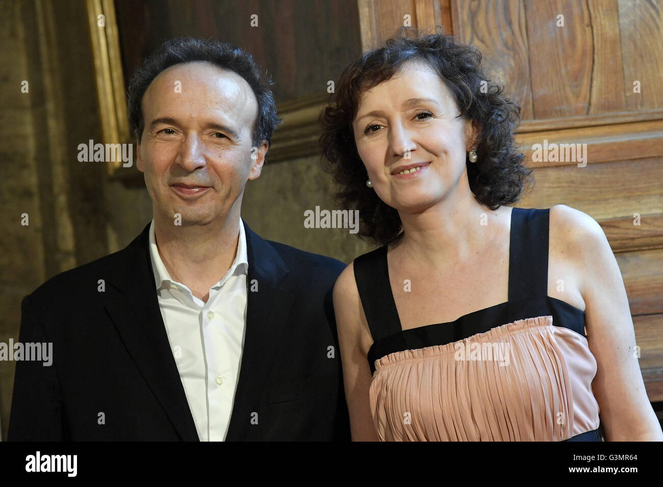 Actor and director Roberto Benigni and wife Nicoletta Braschi during Stock  Photo - Alamy
