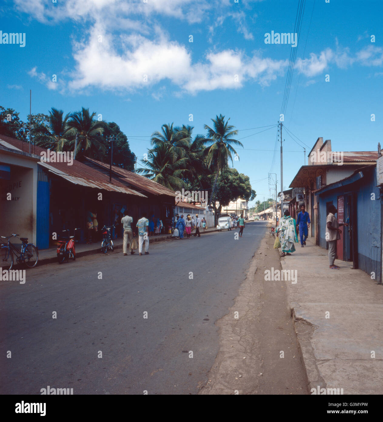 Straßen in Andoany, der Hauptstadt von Nosy Be, Madagaskar 1989. The streets of Andoany, capital of Nosy Be, - Stock Image