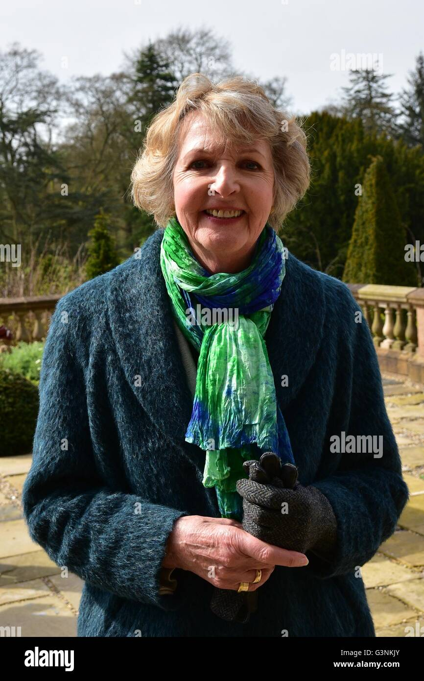 Hillsborough, United Kingdom. 21st Apr, 2016. Actress Penelope Keith in Attendance during a 21 Gun Salute took place - Stock Image