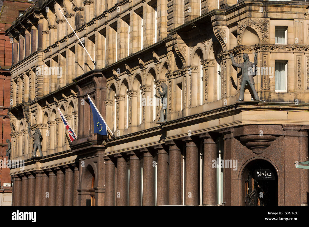 Merseyside, Liverpool, North John Sreet, Central Building, Hard Day's Night Hotel with unconvincing Beatles statues - Stock Image
