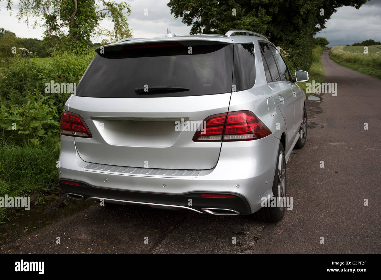 Rear View Of Car Uk Stock Photos Amp Rear View Of Car Uk Stock Images Alamy
