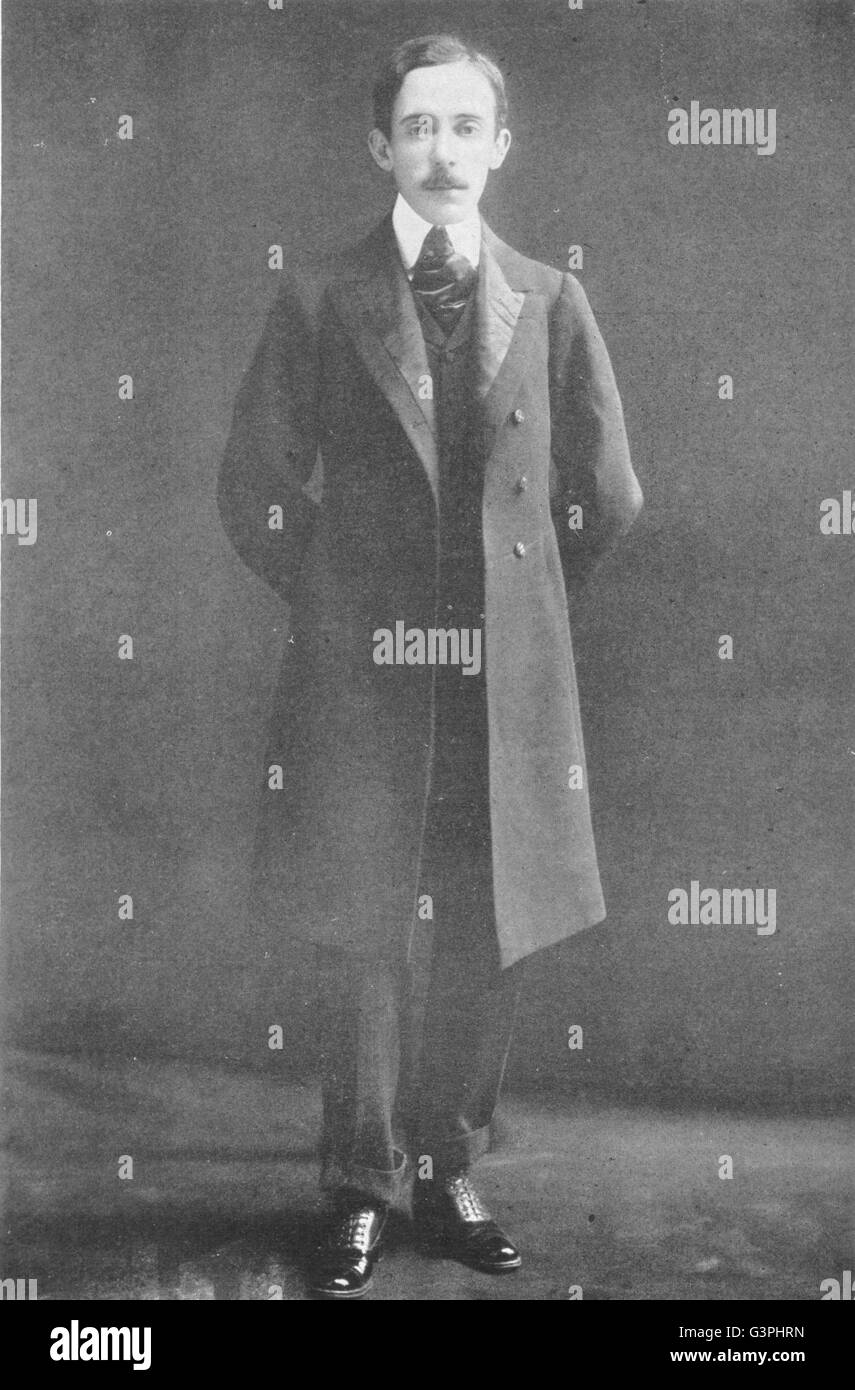 AVIATORS: Alberto Santos-Dumont, antique print 1907 Stock Photo