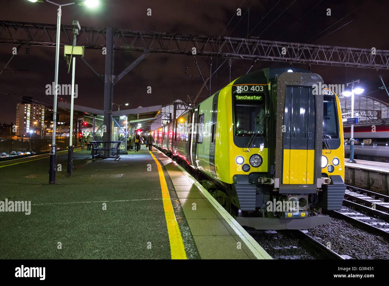 Transpennine Express 350403 at Manchester Piccadilly platform 13 - Stock Image