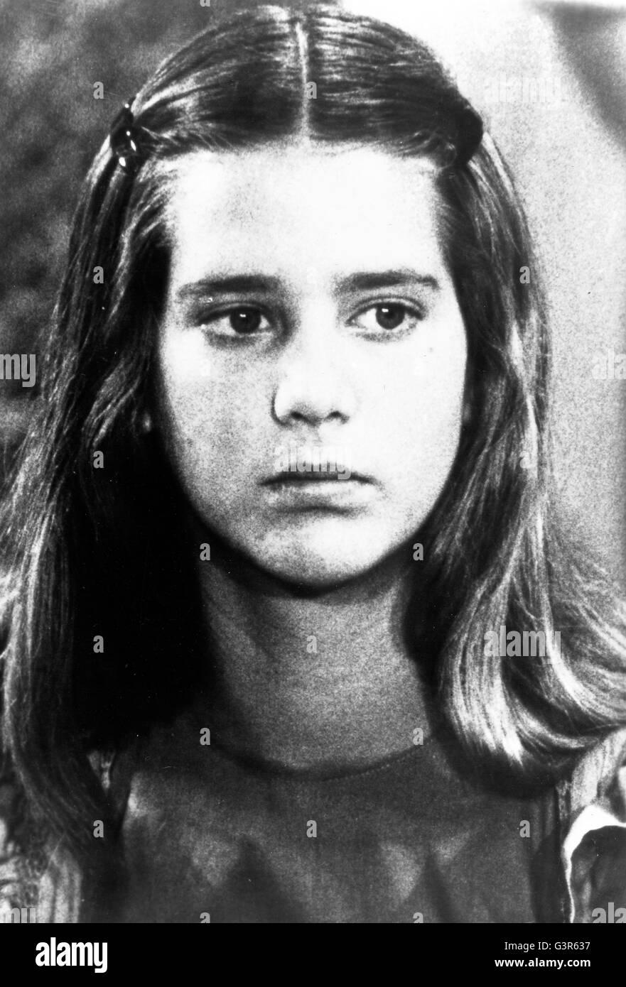 Klara Wester SWE,Natalie Joy Johnson Sex clip Madelaine Petsch,Jonalyn Viray (b. 1989)