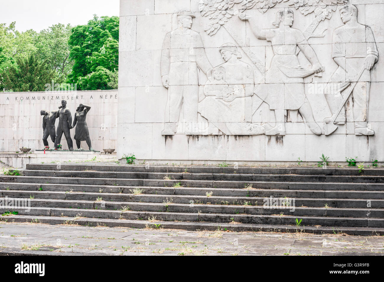 Communist Pantheon Of The Working Class Movement in the Kerepesi Cemetery in the Jozsefvaros area of Budapest, Europe. - Stock Image