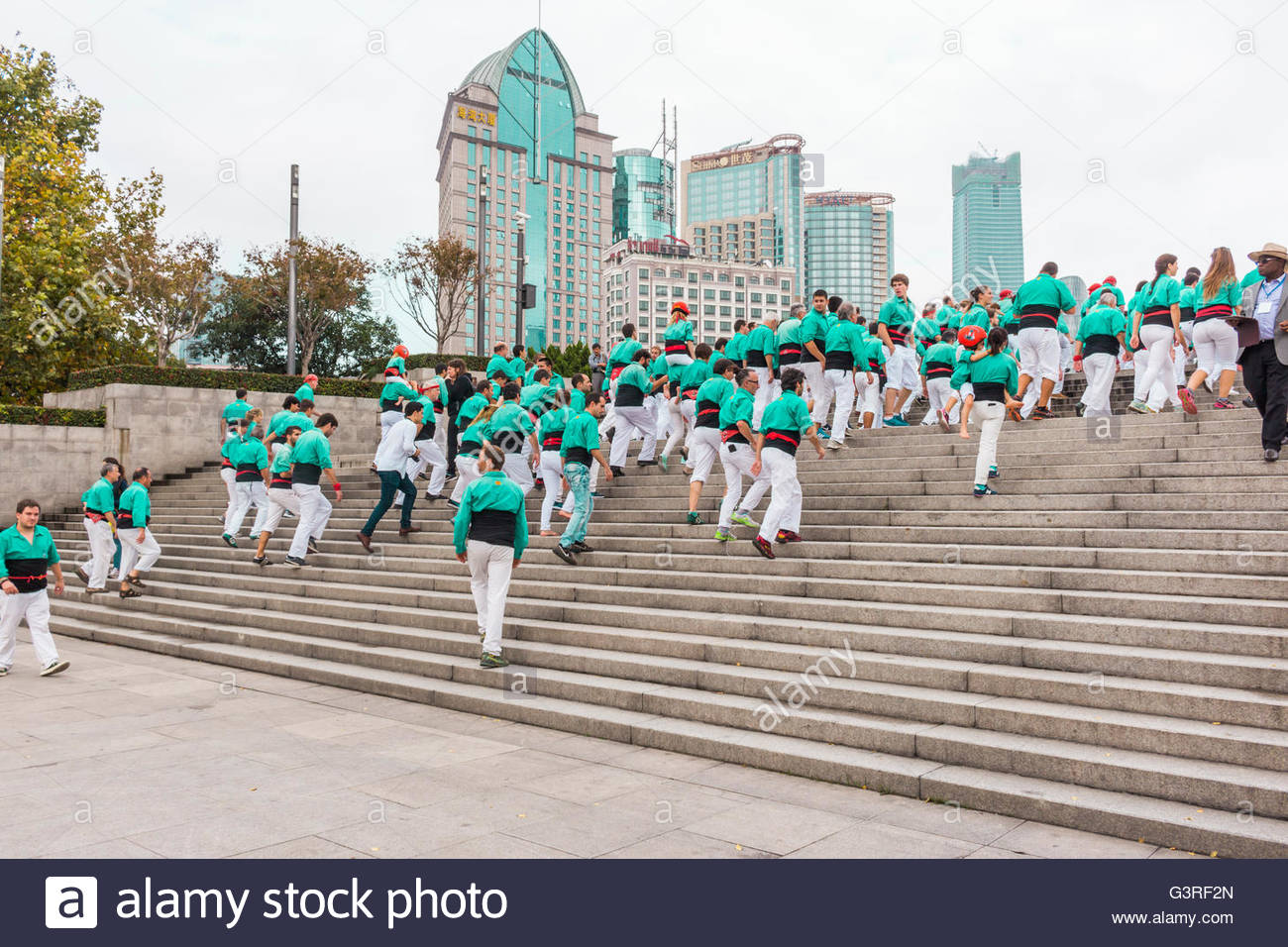 Castellers on the Bund in Shanghai - Stock Image
