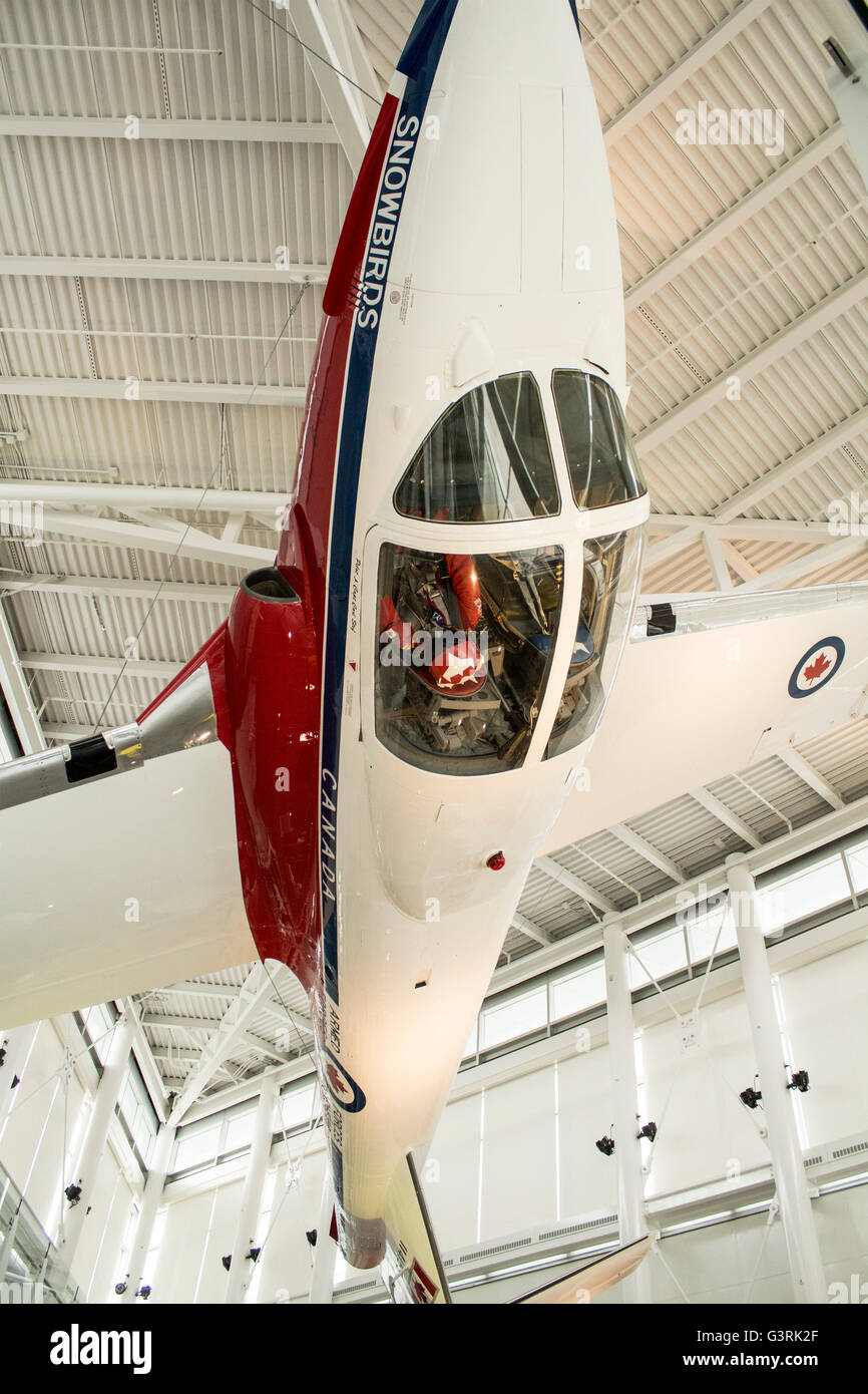 Snowbirds plane of Captain Carl Stef of 1973, 1974 Snowbirds Flight Team hanging upside down at Canadian Aviation - Stock Image