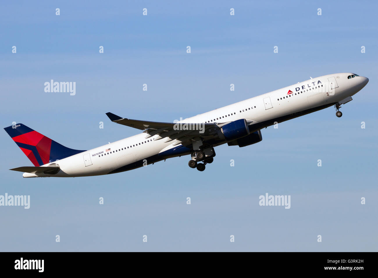 Delta Air Lines Airbus A330 take-off from Schiphol airport - Stock Image