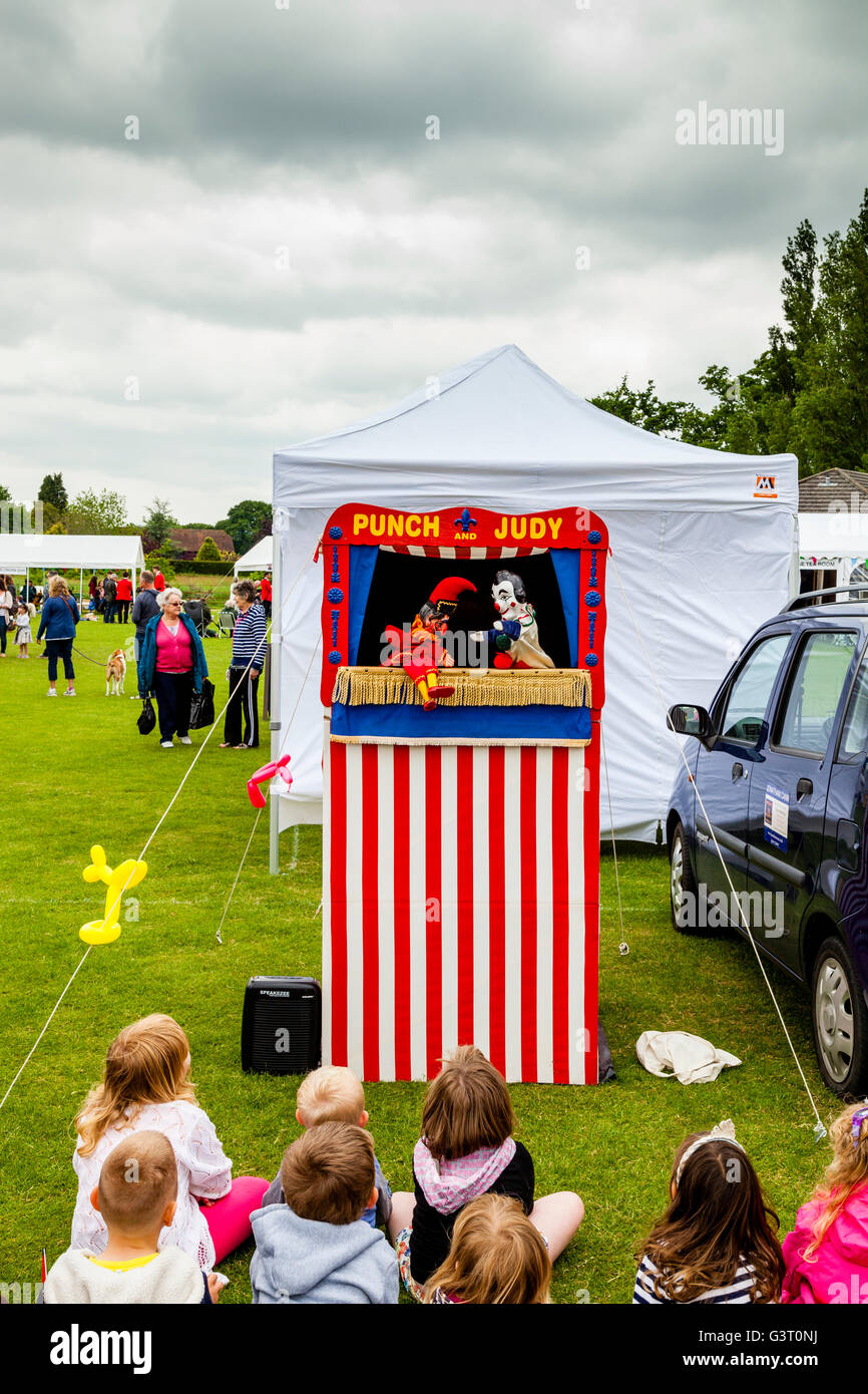 A Traditional Punch and Judy Show At The Maresfield Fete, Maresfield, Sussex, UK - Stock Image
