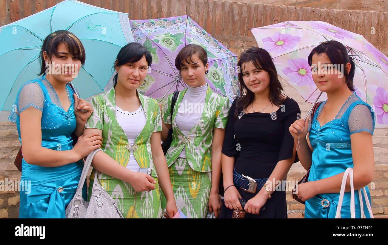 Uzbekistan women pictures