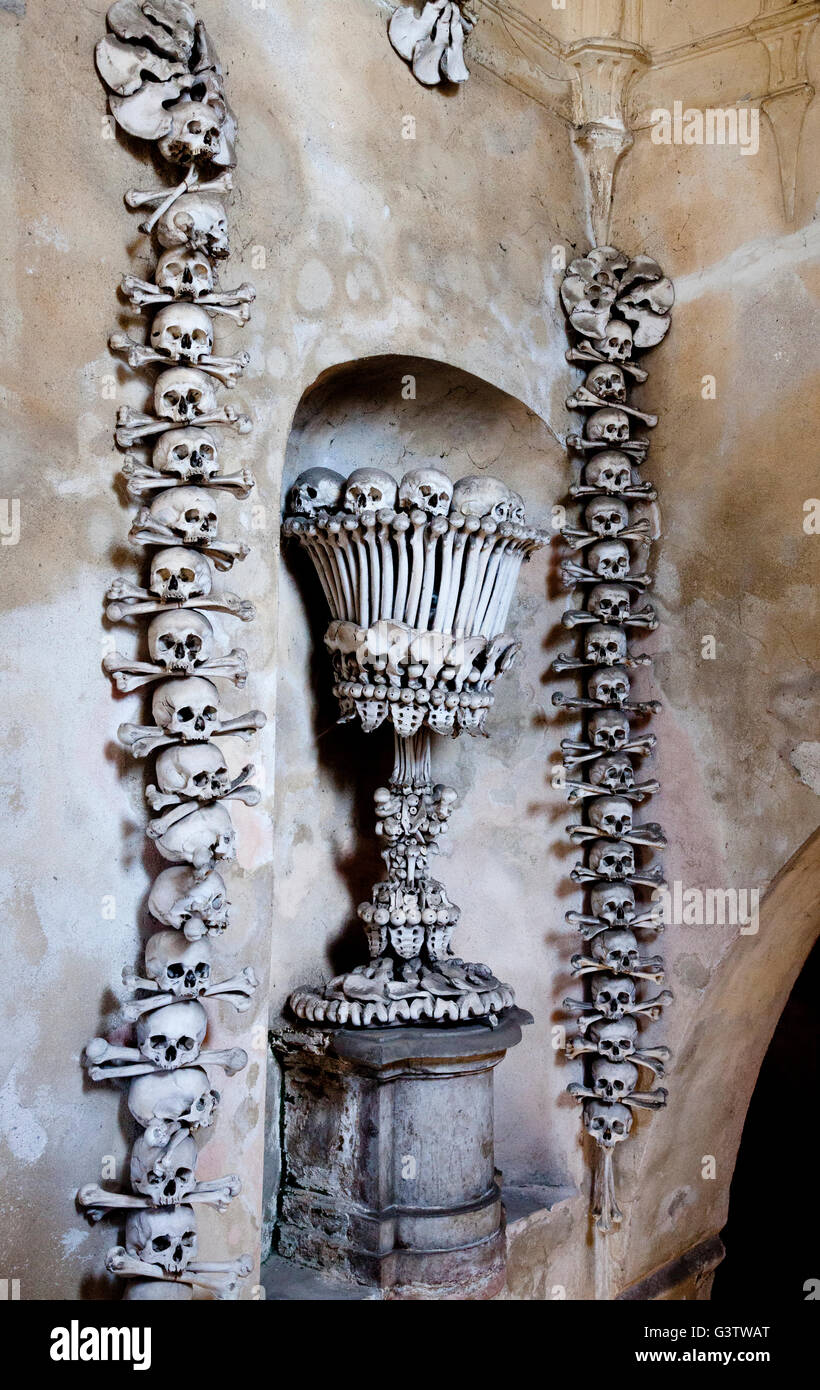 A chalice made of human bones at the entrance to the Sedlec Ossary near Kutna Hora, Czech Republic - Stock Image