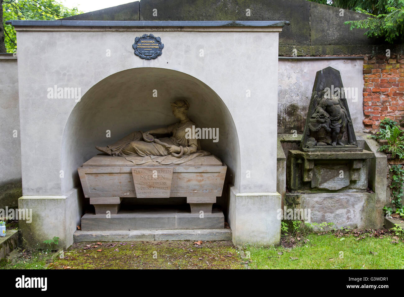 Cemeteries at the Halleschen Tor, tombs, partly from the 18th century, historical tombs, district of Kreuzberg, Stock Photo