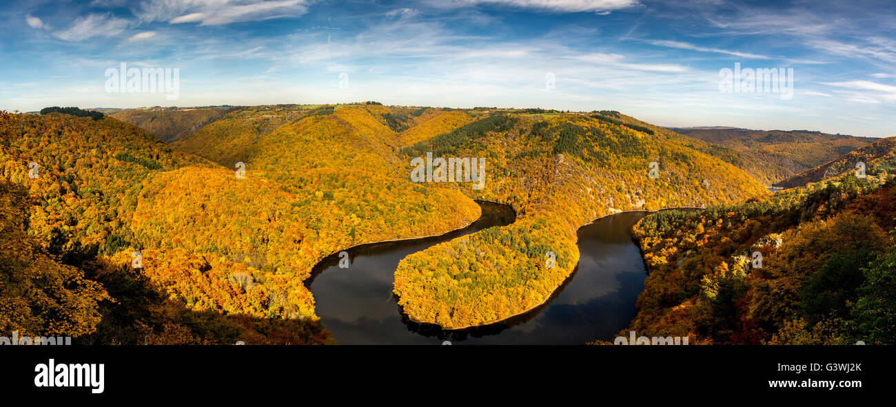 Meander of Queuille and river sioule in autumn, , Auvergne Rhones Alpes, France - Stock Image