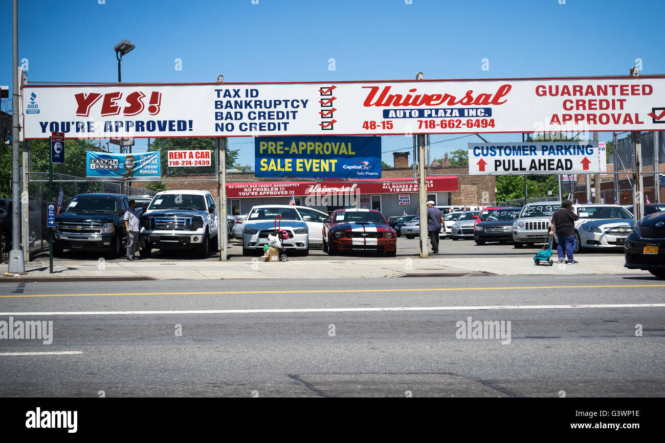 Used Cars Dealers >> A Dealer In Used Cars In The Woodside Neighborhood Of Queens